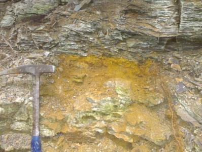 Ob. Pliensbachium als 10 cm rostiges Relikt